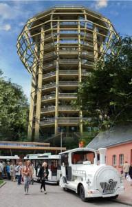 Foto Jagdschlossexpress: Beliebtes Ziel - im Juni 2013 wurde das Naturerlebniszentrum der Insel Rügen mit dem einzigartigen Baumwipfelpfad eröffnet. Besucher nehmen gern den Naturerbe-Prora-Express, um zu der Erlebnisausstellung zu gelangen.