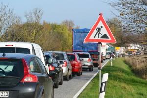 Für den Radwegebau in Rambin ist bis Mitte Juni 2015 die Hauptstraße halbseitig gesperrt. Der Verkehr wird einspurig durch Ampeln geregelt.