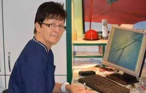 Eigentlich hat sie für sich und ihre Familie ein Ferienhaus auf Rügen gesucht. Jetzt ist sie praktische Ärztin in Rambin. Einer ihrer Schwerpunkte ist die Gesundheitsvorsorge für Kinder und Erwachsene.