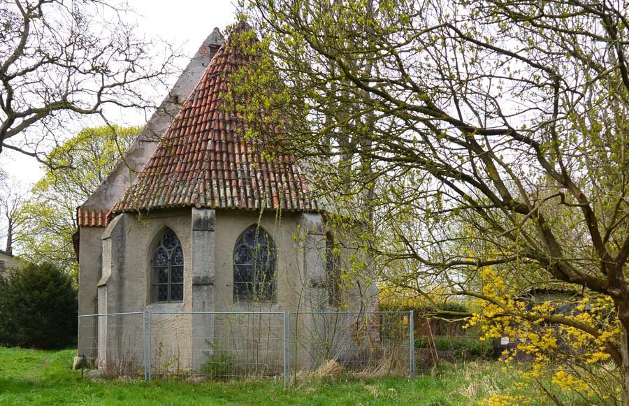 Zu den Sorgen des Vereins gehört das Kloster St. Jürgen vor Rambin; es verfällt zusehends. Bei der Stadt Stralsund, Eigentümerin der Immobilie, hat man bislang kein Gehör gefunden. Die Stadt will das Areal, zu der auch historisch wertvolle Wohngebäude gehören verpachten.