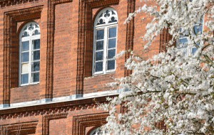 Das 1840 entstandene sogenannte Jubiläumshaus stellt in der Architektur der Klostergebäude eine auffällige Besonderheit dar.