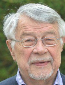 Medizinalrat Gernhard Paschirbe, Chef des Landambulatoriums bis 1990.